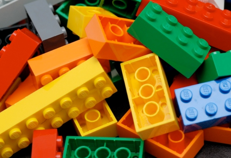 FREE LEGO Mini Model Build - Kansas City on the Cheap