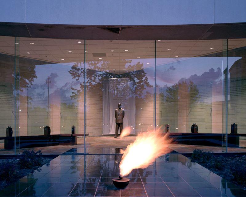 Museums in Kansas City - Truman Library display