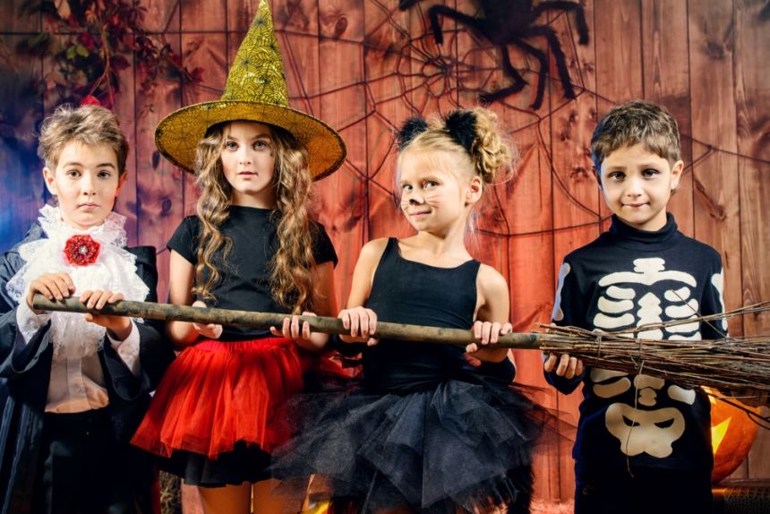 Kansas City Halloween events for kids - kids in Halloween costumes