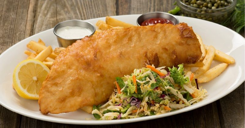 Houlihan's offers free meal to veterans and active military - Houlihan's fish and chips platter