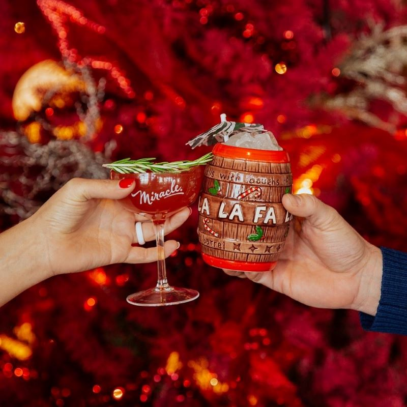 Miracle Christmas Pop-Up bar in Kansas City - cocktail and holiday mug cheers