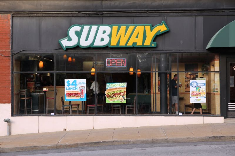 Kansas City food deals - Subway storefront