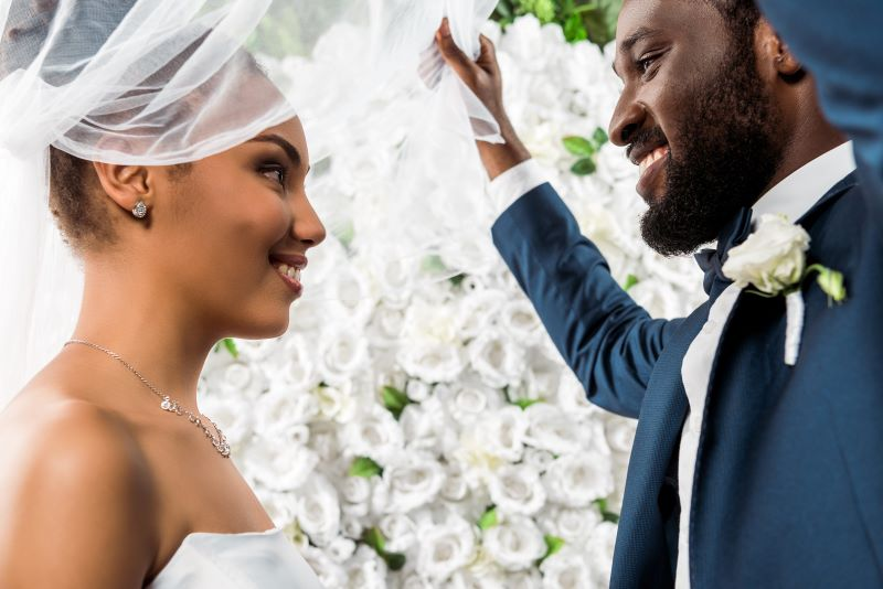 Bridal fairs and expos in Kansas City - African American bride and groom smiling