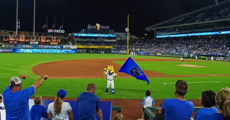Kansas City Royals ticket discounts - Slugger mascot on the field