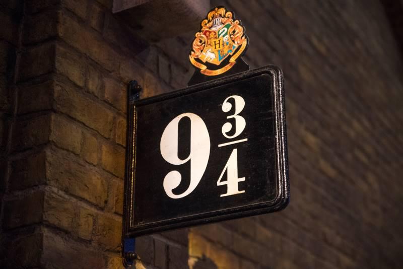 Free Harry Potter at Home website - Platform 9 3/4 sign