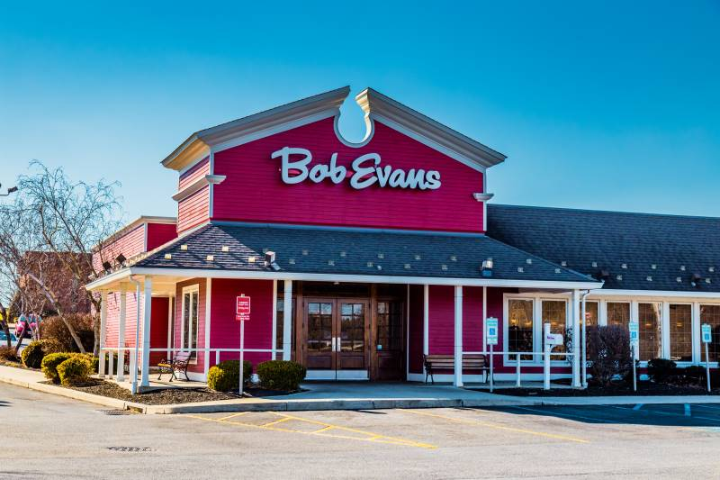 Kansas City Veterans Day deals - Bob Evans restaurant